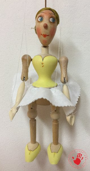 WOODEN MARIONETTES OF THE SMALL SIZE – Marionety Truhlář